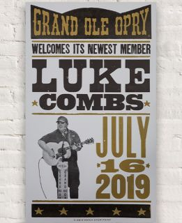 Grand Ole Opry Luke Combs Induction Hatch